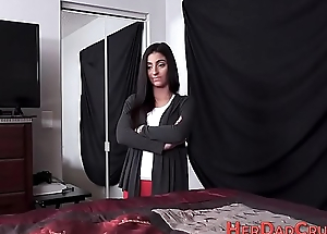Stepdaughter jizzed on