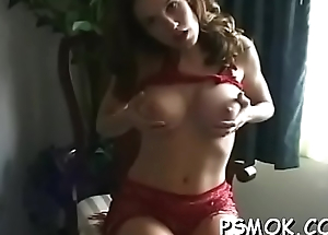 Naked bombshell with wonderful boobs enjoys a satisfied therapy session
