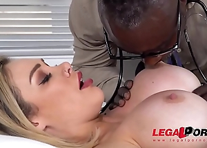 Cock Hungry Milf Chessie Kay Fucked Balls Deep By Doc'_s Huge Black Dick GP112