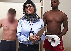 MIA KHALIFA - My Ultimate Interracial Big Locate Challenge